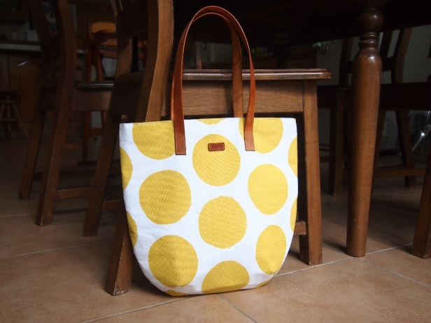 Studio Tote - Spots yellow