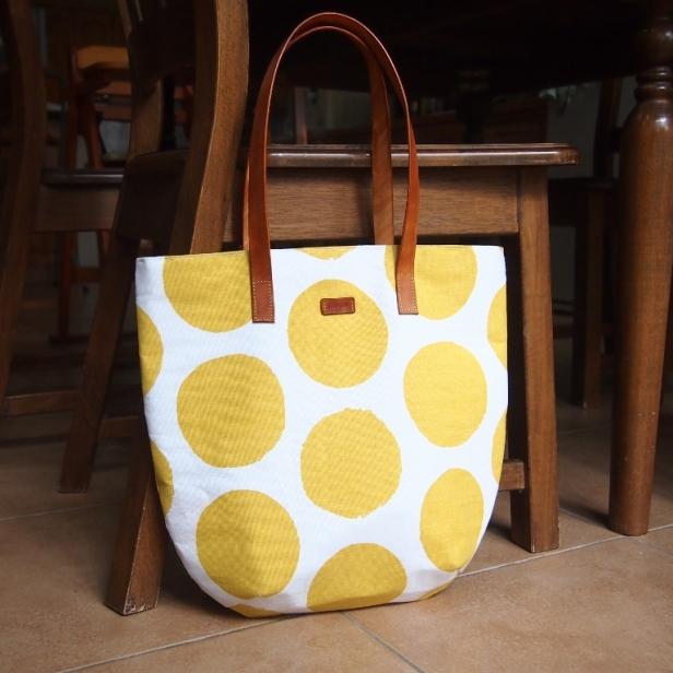 Studio Tote - Spots yellow