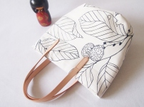 Studio Tote Mini - White Foliage