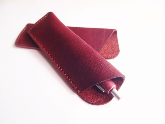 Pen Holder - Burgundy Plain