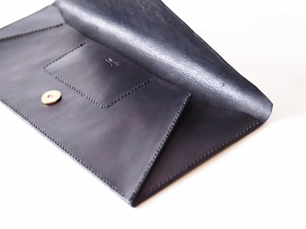 Vanya Envelope Clutch