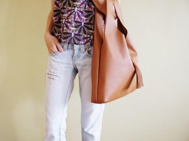 Leather Hobo Bag Light Brown (3)