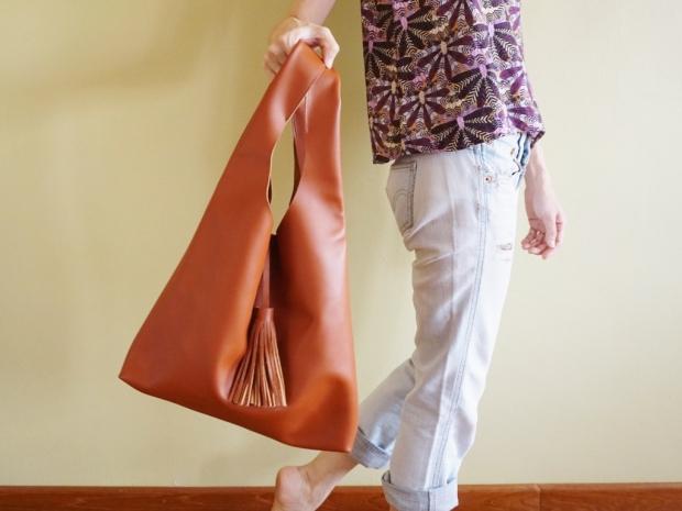 Leather Hobo Bag Tan (4)